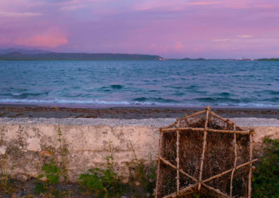 Bahia de Las Calderas con nasa, Bani, RD - Leo Salazar