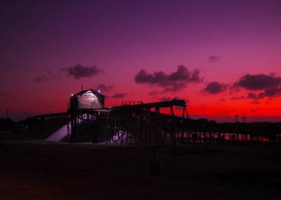 Crimson Sky, atardecer sobre casera del winche, mina de sal, Las Salinas, Bani, RD - Leo Salazar